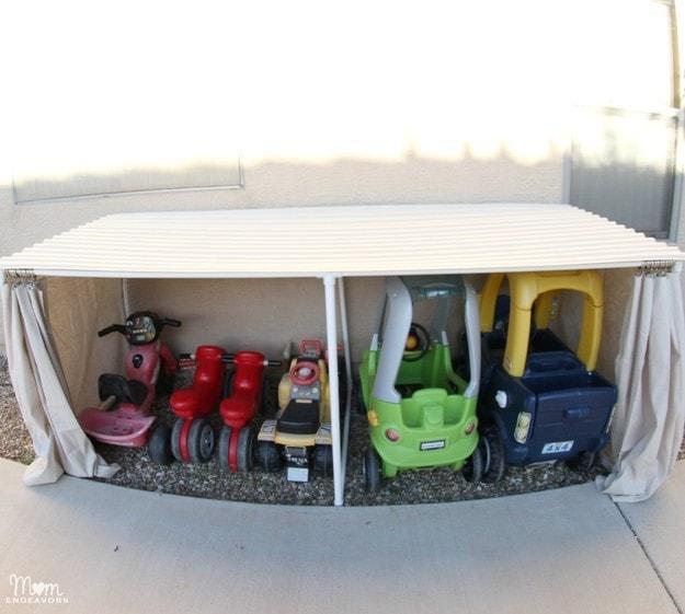 39. Сделайте мини-гараж для детских машинок кухня, хранения