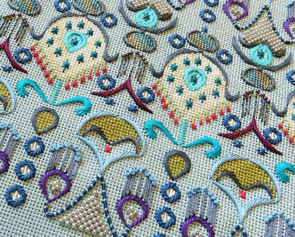 декоративная вышивка
