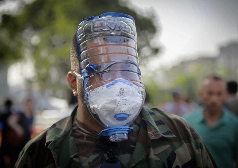 Защитную маску. например. очумелые ручки, пластиковые бутылки, поделки, прикол, юмор