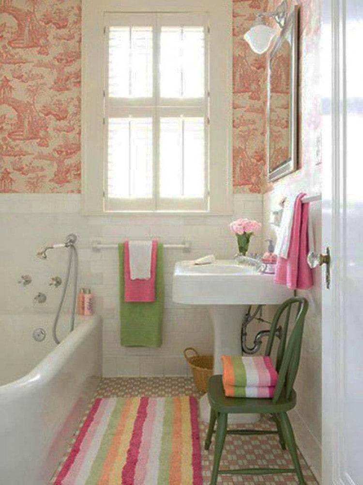 Ванная в цветах: серый, светло-серый, белый, бежевый. Ванная в .