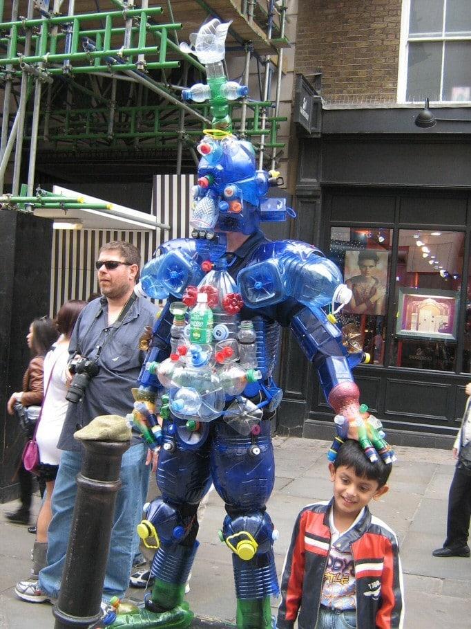 И даже целый костюм. очумелые ручки, пластиковые бутылки, поделки, прикол, юмор