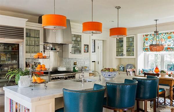 Кухня в цветах: оранжевый, серый, светло-серый, сине-зеленый, бежевый. Кухня в стилях: французские стили.