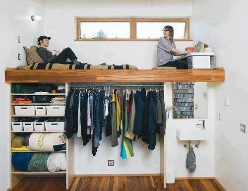 комната под потолком