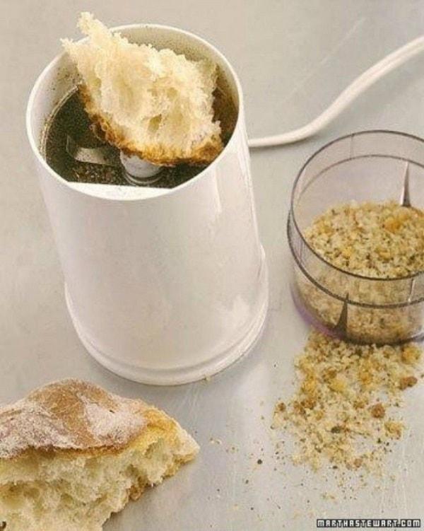 хлеб в электрической мельнице