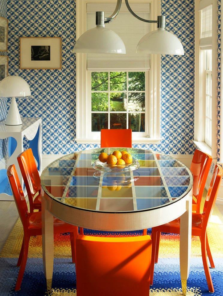 Кухня в цветах: оранжевый, серый, светло-серый, белый, бежевый. Кухня в стилях: эклектика.