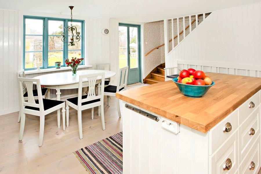 Кухня в цветах: желтый, серый, светло-серый, белый, бежевый. Кухня в стилях: скандинавский стиль.