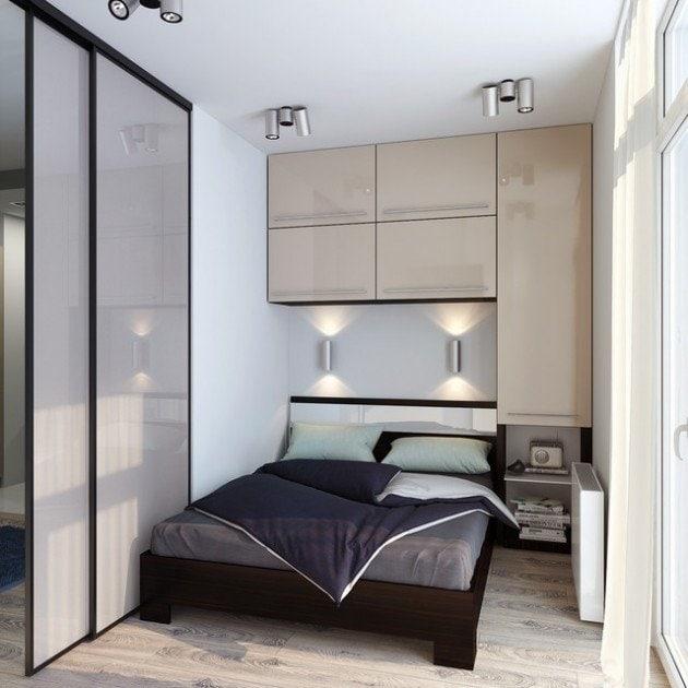 Используйте пространство над кроватью