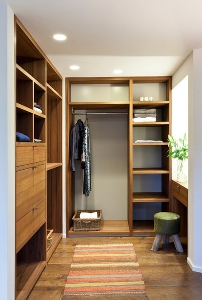 Built-in wardrobe: tips and tricks