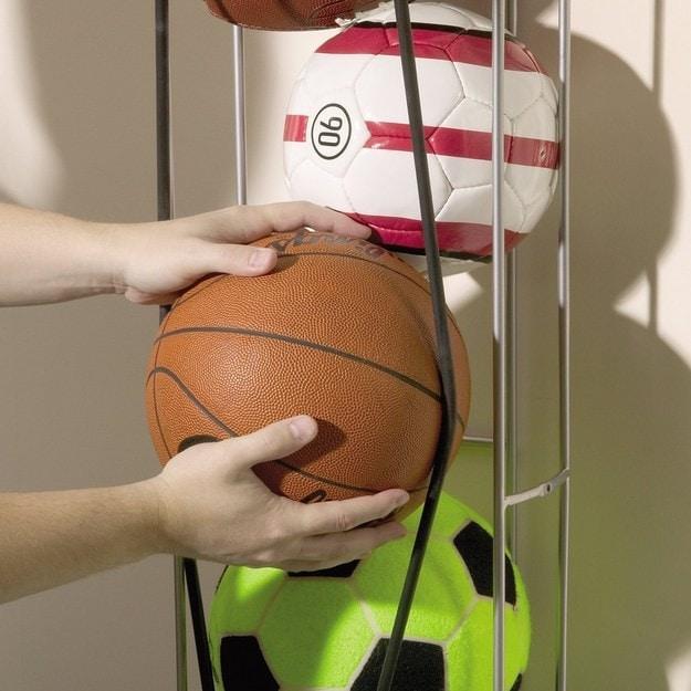 38. Мячи храните в вертикальном органайзере кухня, хранения