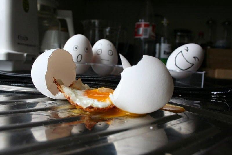 Egg_2_by_hignoria