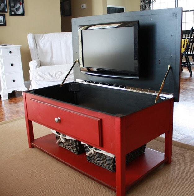 22. Телевизор, спрятанный в столе кухня, хранения
