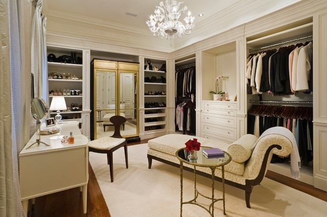 Classic Wardrobe by Taylor Hannah Architect Inc