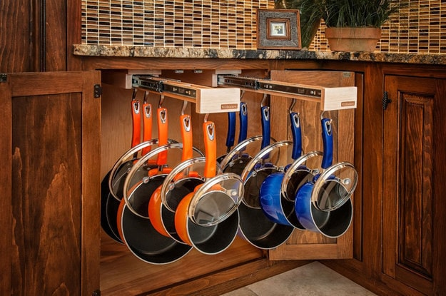 3. Встроенная выдвижная секция для хранения кастрюль, сковород и крышек кухня, хранения
