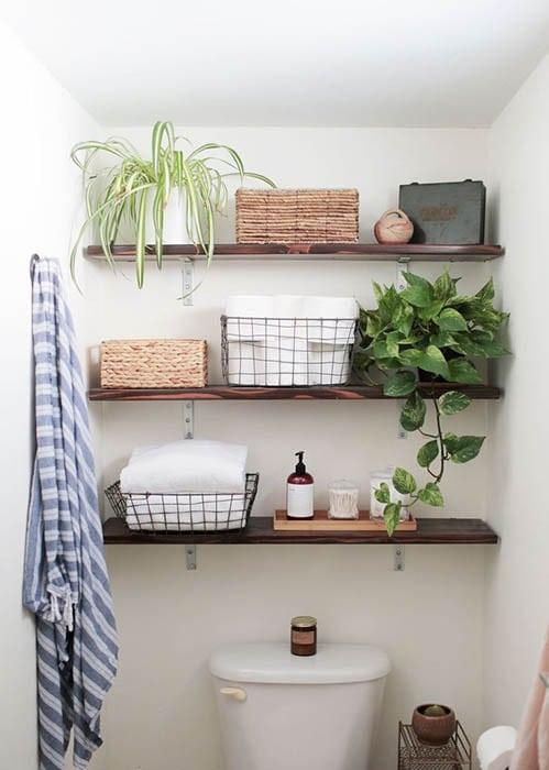 Open shelves in the bathroom