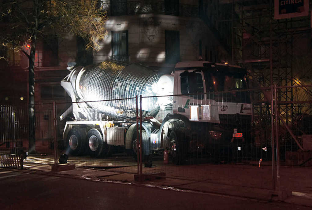 disco-ball-cement-mixer-1
