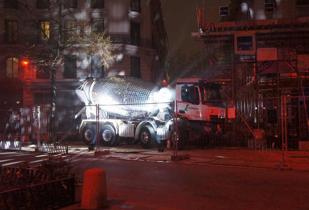 disco-ball-cement-mixer-11