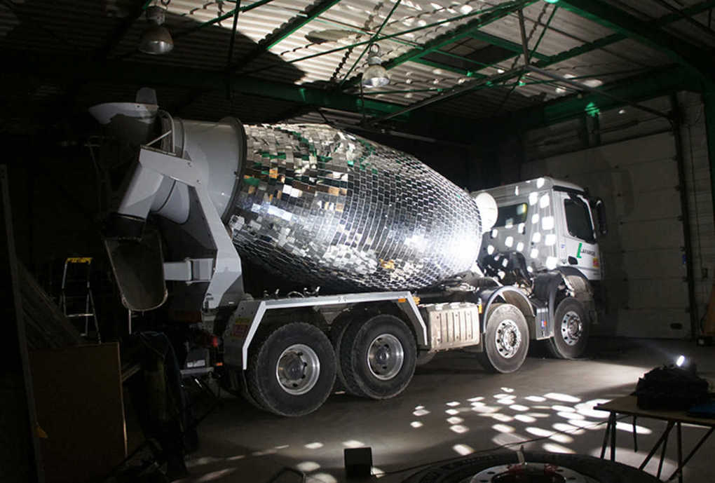 disco-ball-cement-mixer-8