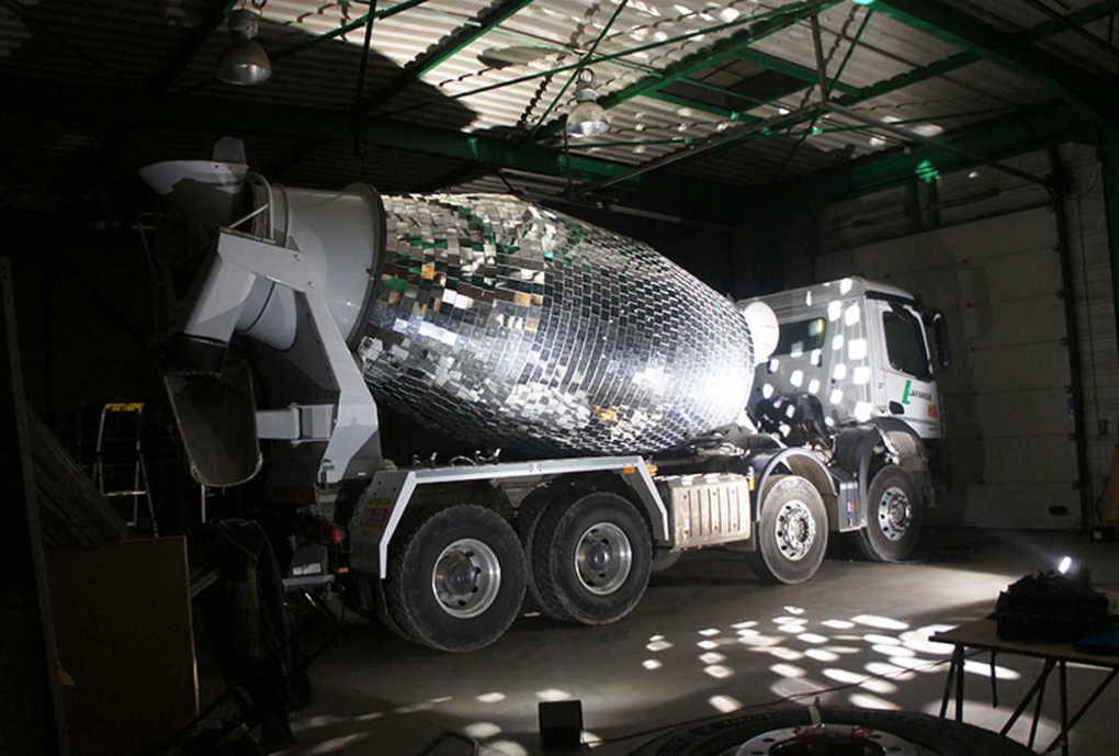 disco-ball-cement-mixer-8