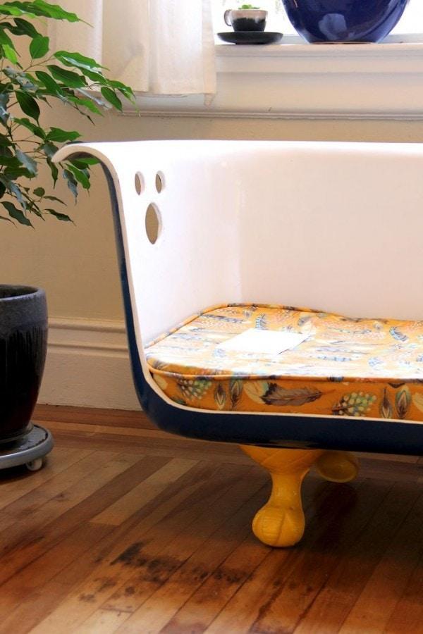 диван из старой ванной10
