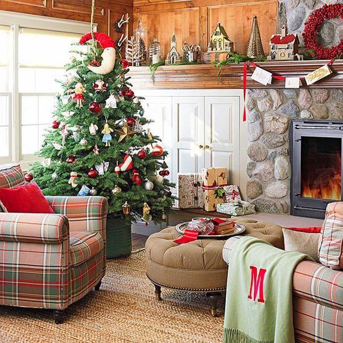 Гостиная, холл в цветах: серый, светло-серый, бордовый, темно-зеленый, коричневый. Гостиная, холл в стиле скандинавский стиль.