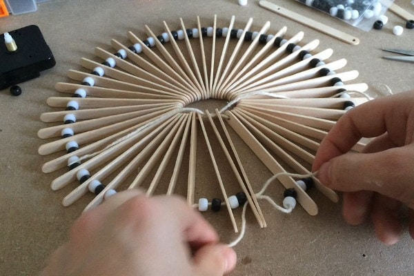 How to make a clock from ice cream sticks