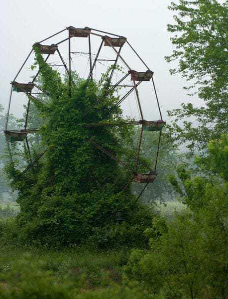 6. Колесо обозрения в Чернобыле.