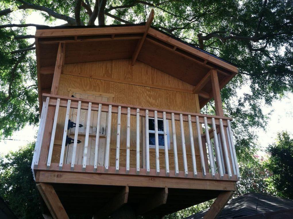 Дом на дереве закончен