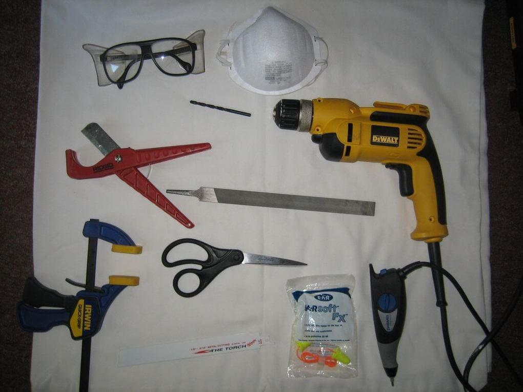 Инструменты для изготовления табличек