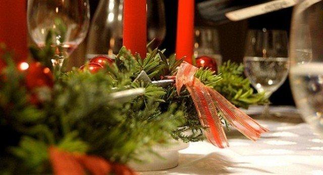 Украшение стола в новогодней теме
