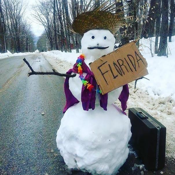 снеговик путешественник