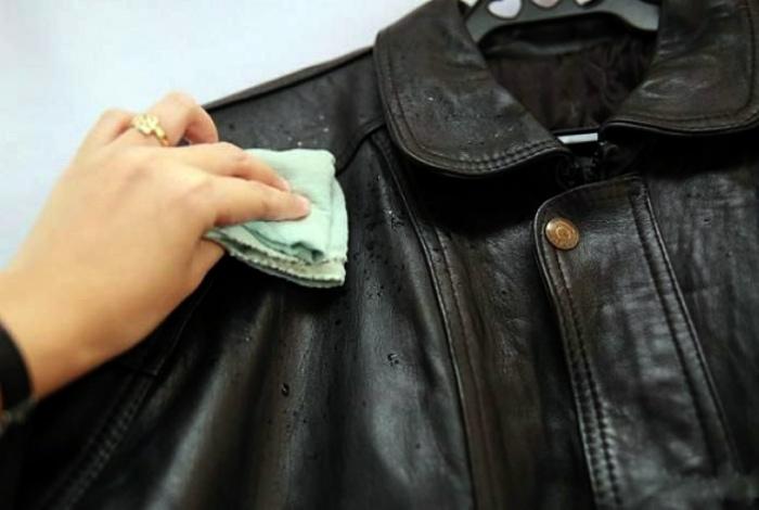 Почистить кожаную куртку