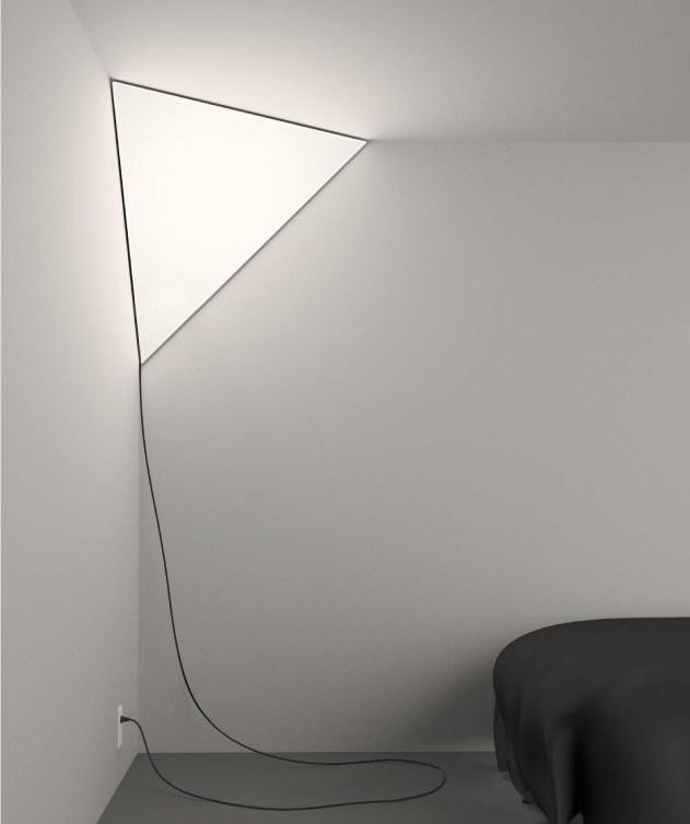 Угловой светильник Питера Бристеля