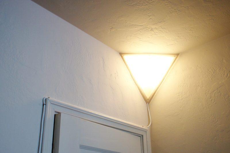 Угловой светильник своими руками