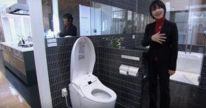 Унитазы в Японии