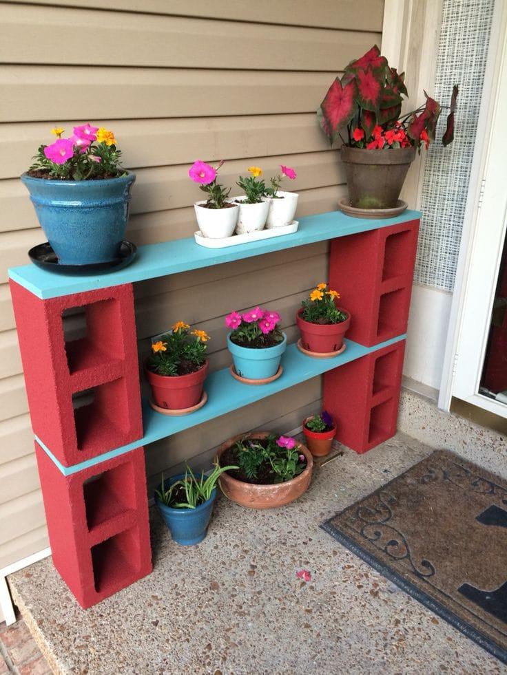 подставка для цветов из шлакоблоков
