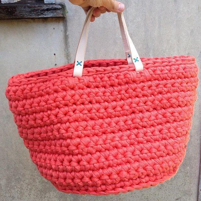 вязаные сумочки из трикотажной пряжи
