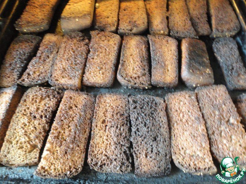 хлеб пригоревший в духовке