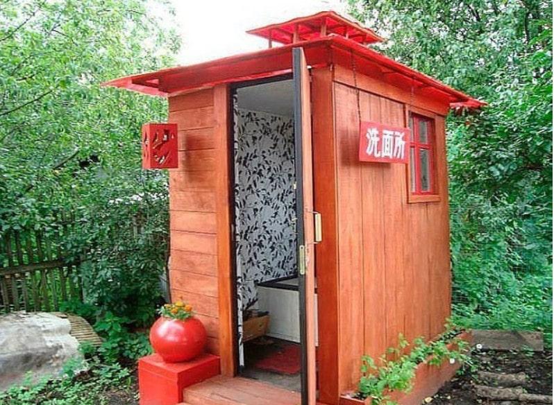 Строим туалет домик на даче своими руками