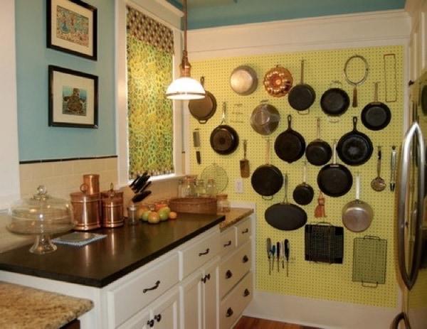 Красим стены кухни своими руками