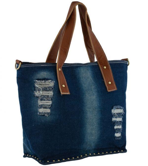 602d558bc061 Джинсовые сумки – актуальный тренд уже многие десятилетия. Выглядит стильно  и креативно. Можно подобрать сумки любого фасона и размера, сделав  аксессуар ...