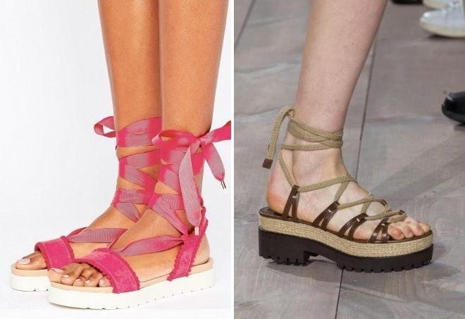 Вы с равным успехом можете намотать вашу ленту вокруг щиколотки. Главное,  чтобы шнуровка была где-то на летней обуви и освежала ваш лук. 5c15dfb8a1f