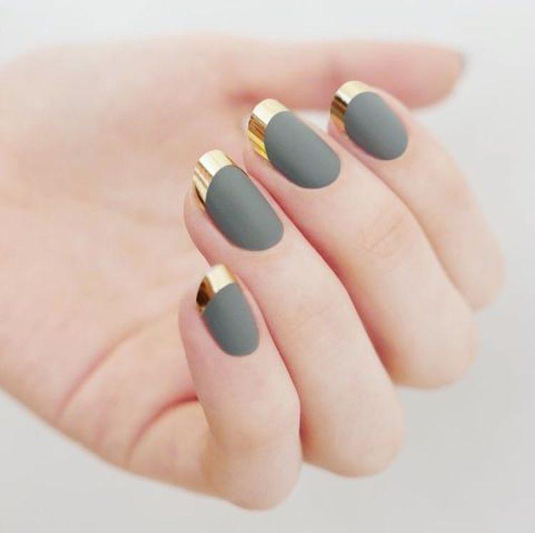 серый и золотой дизайн ногтей