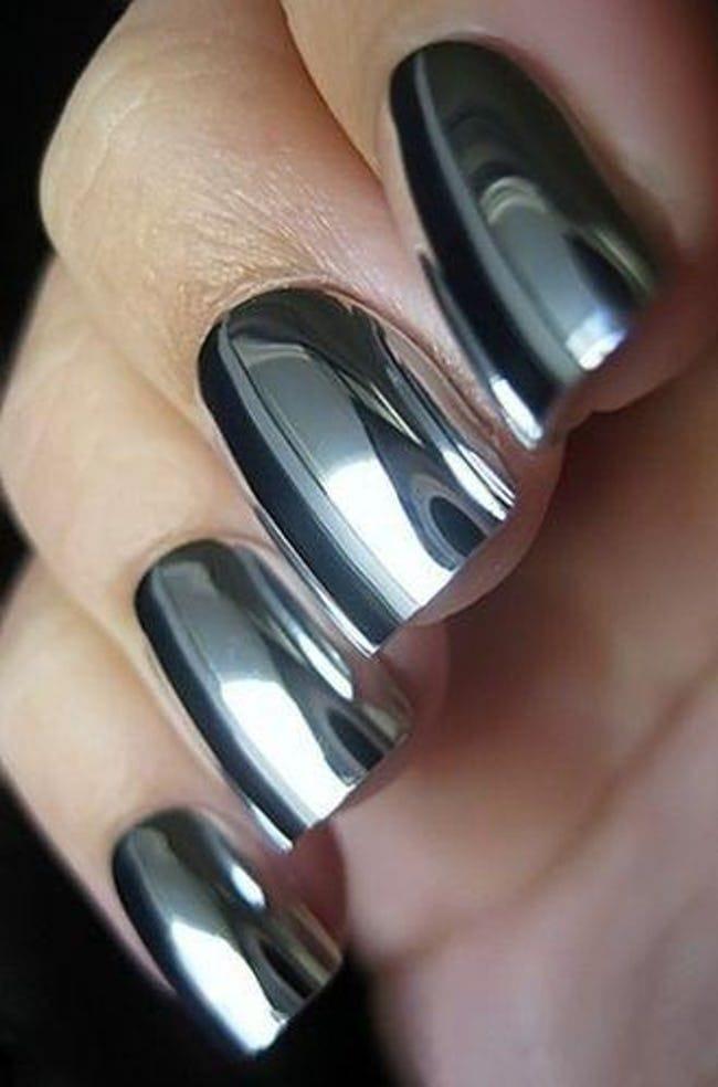 металлический черный лак для ногтей