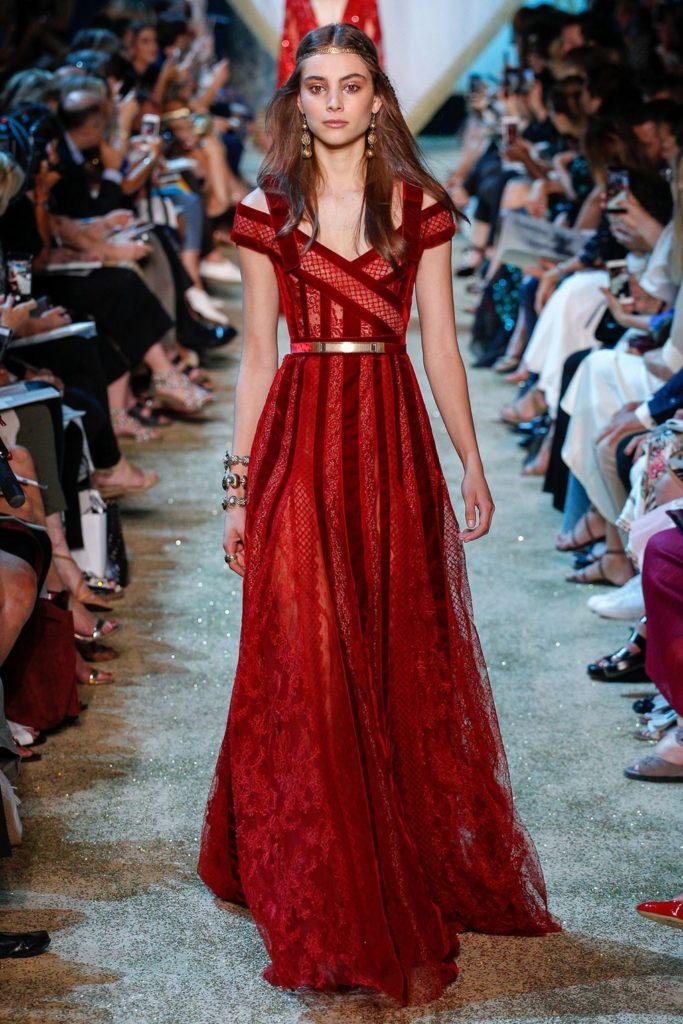 красное платье от кутюр