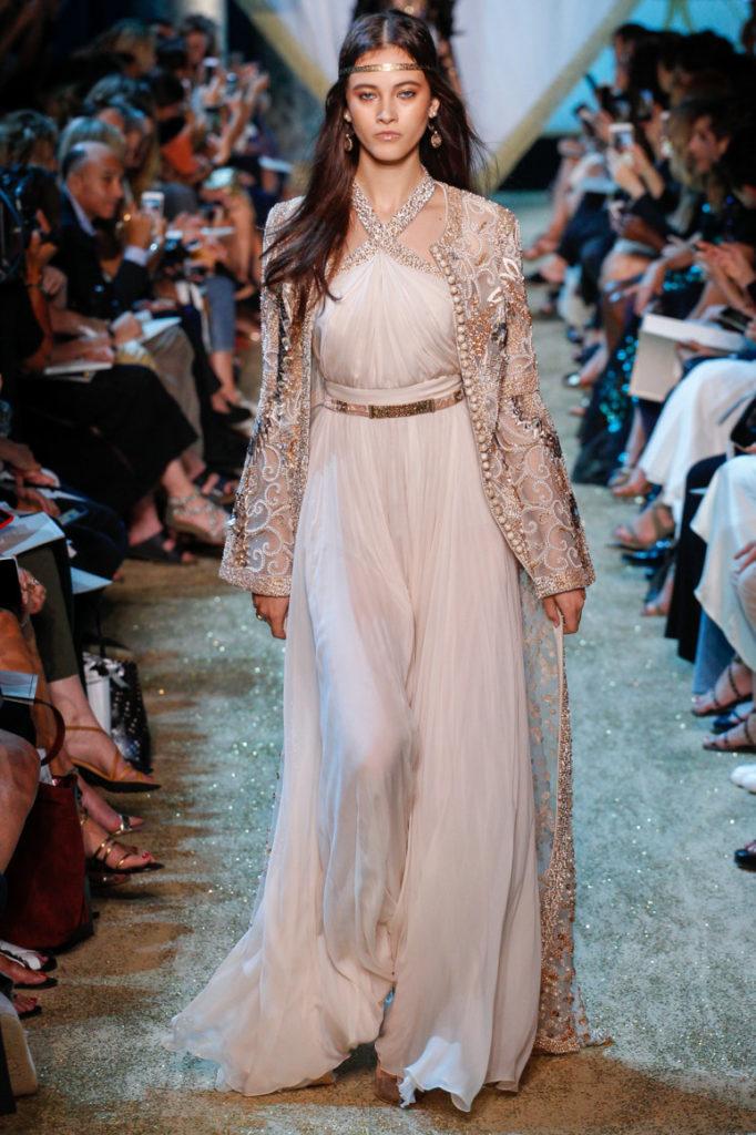 нежно розовое платье Эли Сааб