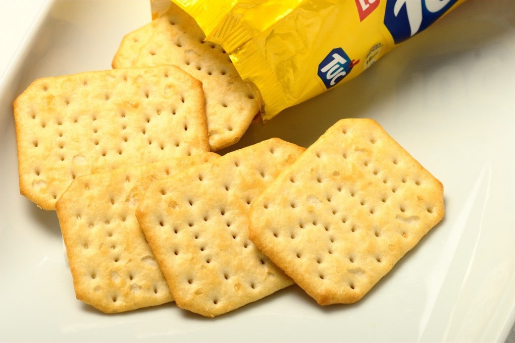 соленый крекер