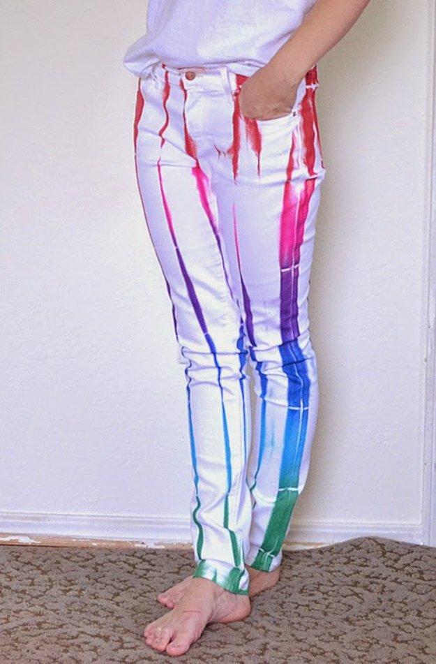 Как покрасить белые джинсы видео