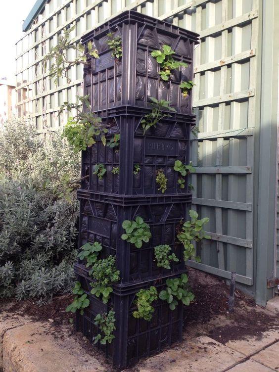 Необычные вертикальные башни, которые вы можете сделать на своём участке