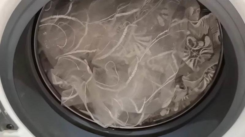 Тюль станет белоснежным всего за час — используйте всего 1 ингредиент