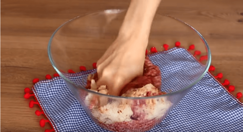 Если у вас есть баклажан, приготовьте его необычным способом. Равнодушных не останется